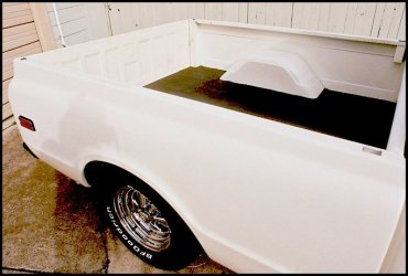 CLICK PHOTO TO ENLARGE.  1971 Chevy C-10 Pickup Passenger Side Bed View.
